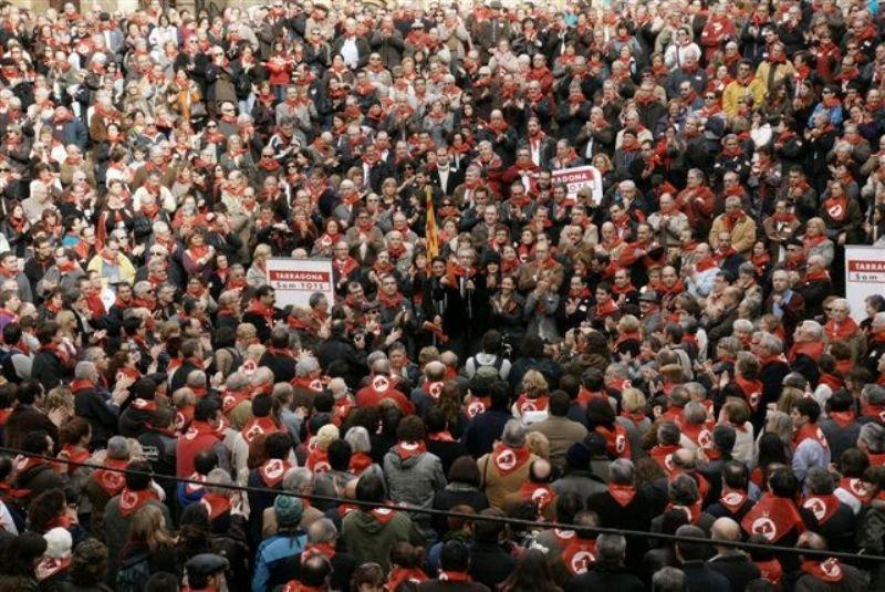Concentració en defensa de la capitalitat de Tarragona, el 30 de desembre de 2009 (foto: Tot Tarragona)