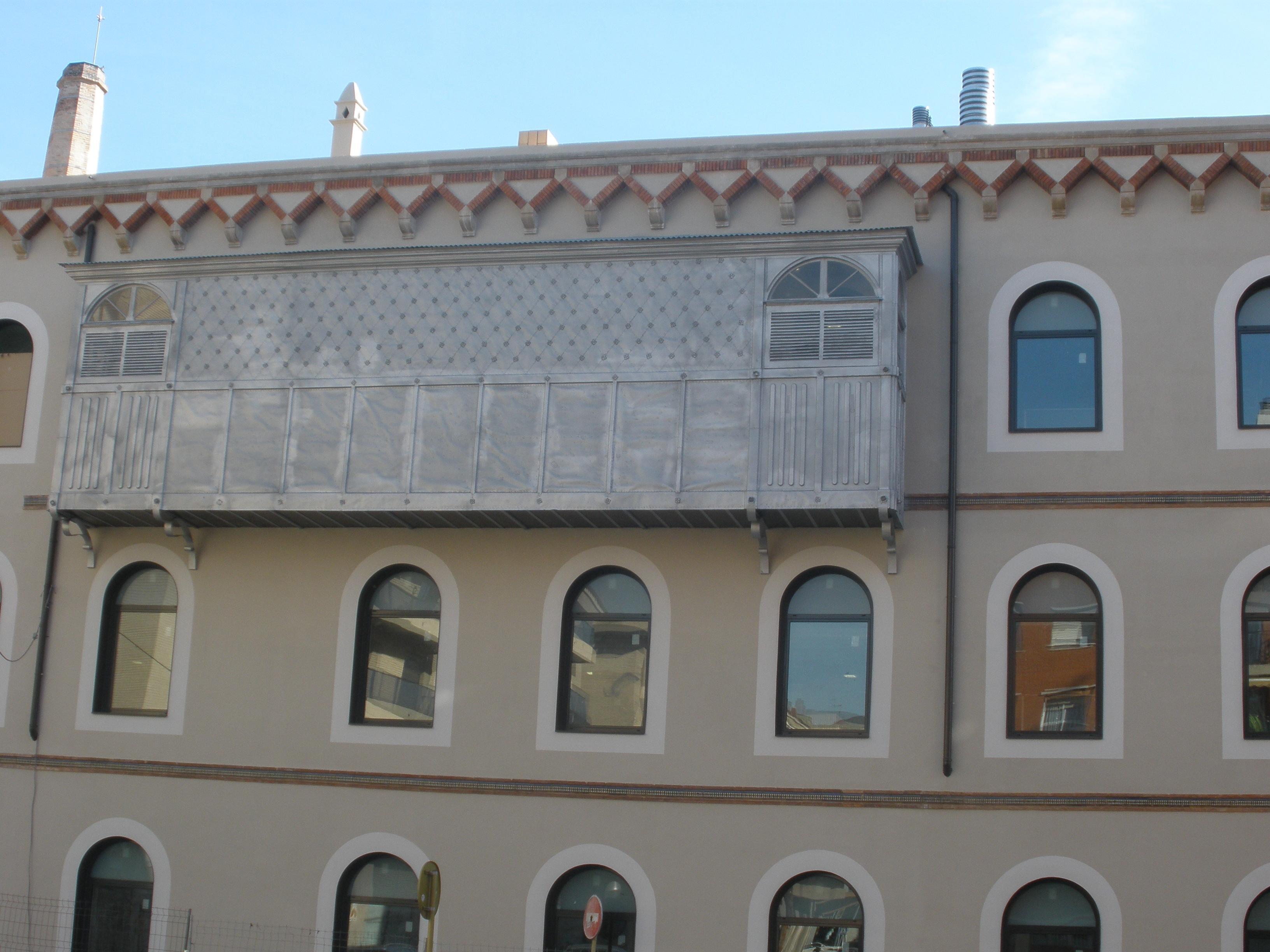 L'antiga fàbrica de licors ja està a punt per acollir el curs vinent l'EOI de Tarragona