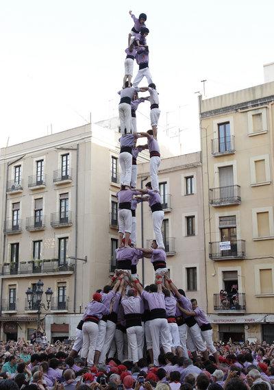 La Jove de Tarragona completa el tres de nou amb folre, per primera vegada el dia de Sant Joan (foto: Pere Ferré, Diari de Tarragona)