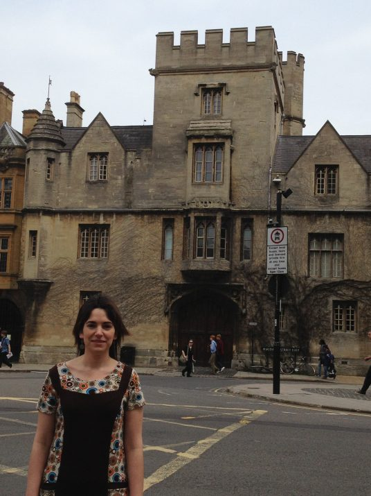 L'autora de l'article, Marina Massaguer, a la ciutat d'Oxford