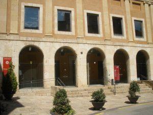 L'Antiga Audiència és la seu de l'àrea municipal de Cultura (foto: Ricard Lahoz)