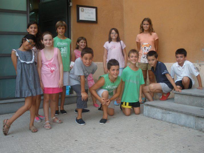 Els dotze nens que estrenaran per Santa Tecla el Ball de Cossis petit assagen cada dijous al local de l'Esbart Dansaire