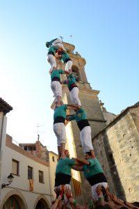 Fotografia del 2de7 que els Castellers de Sant Pere i Sant Pau van descarregar a la Fatarella, el segon que completen aquesta temporada.