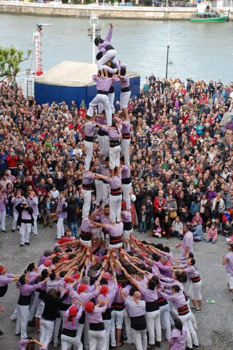 Un exemple de la imatge de Tarragona fora de Catalunya: la Colla Jove actua a Euskadi (foto: Joep Ardila)