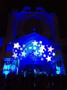 La Catedral il·luminada durant l'edició de la Sindriada de l'any passat.