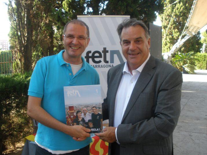 Oriol Grai i Joan Miquel Nadal ja s'han fet subscriptors de la revista FET a TARRAGONA