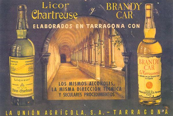 Cartell publicitari del Chartreuse i un brandy el.laborats a Tarragona