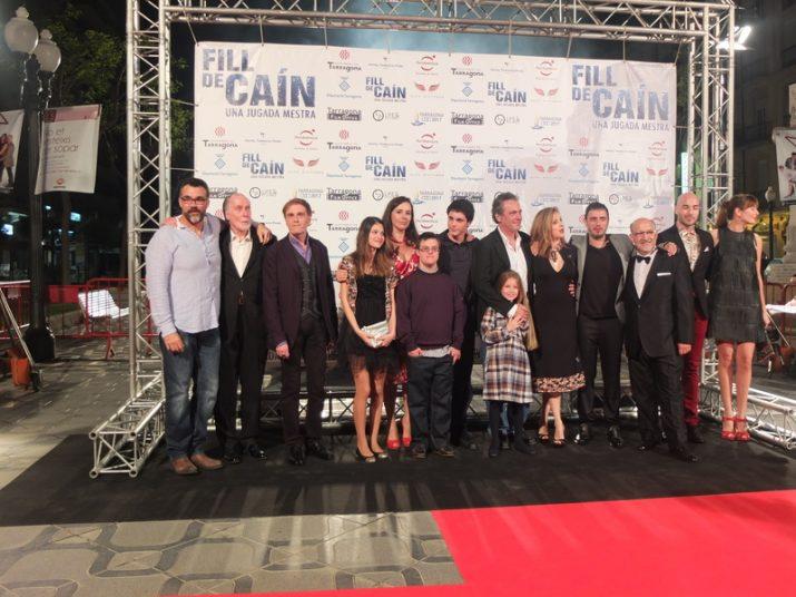 Els protagonistes 'Fill de Caín' el dia de l'estrena de la pel·lícula al Teatre Tarragona (foto: Enric Garcia)