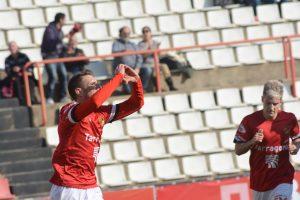 Querol celebra el gol d'aquest diumenge contra el Prat (foto: Nàstic de Tarragona)