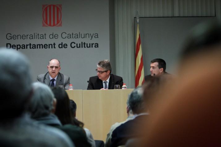 El rector de la URV en la seva primera intervenció al costat del director territorial de Cultura, Jordi Agràs (foto: David Oliete)
