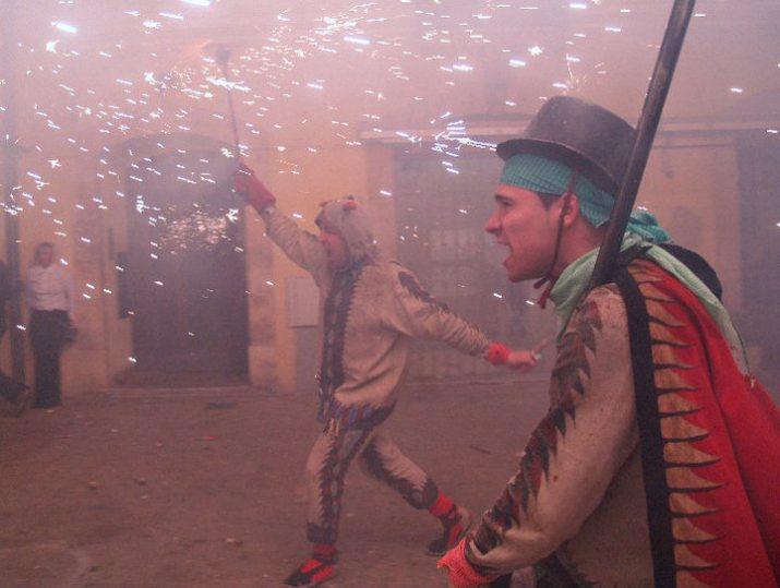 Rubén Pereira en una actuació del Ball de Diables de Tarragona (foto cedida per l'entitat. Autora: Anna Sans Llauradó)