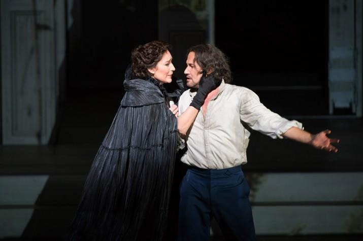 """Escena del """"Dion Giovanni"""" de Mozart que es podrà veure a una vintena de cinemes catalans (FOTO: Royal Opera House)."""