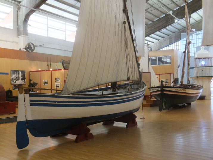 Aquestes dues embarcacions ocupen un lloc central del Museu del Port de Tarragona