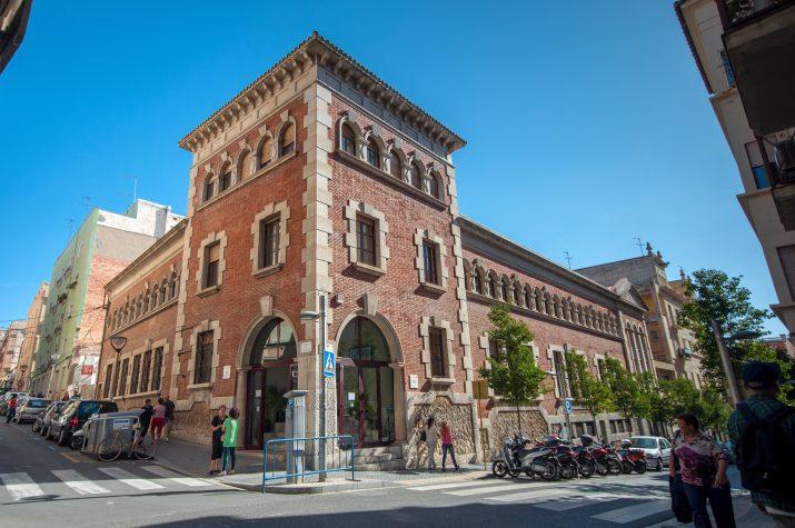 La revetlla literària de Sant Jordi a Tarragona es du a terme a la Biblioteca Pública (Fortuny, 30).