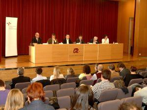 El debat es va celebrar a l'aula magna del Campus Catalunya (foto: URV)