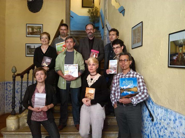 Grup d'autors que publiquen enguany amb l'editorial Cossetània (foto: Anna Plaza)
