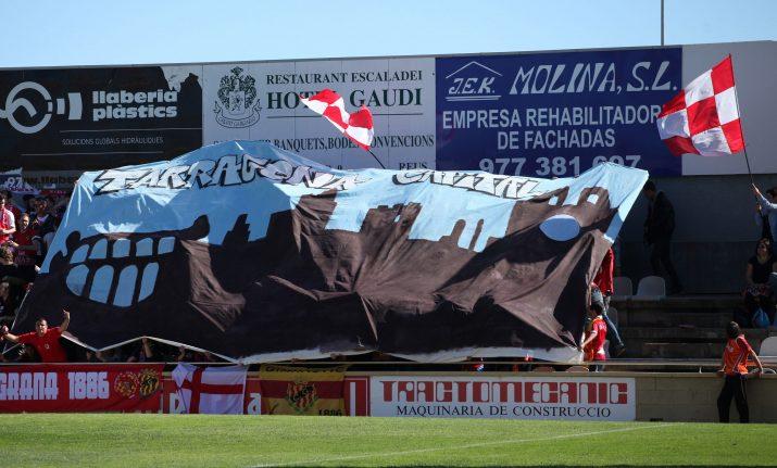 Aficionats del Nàstic reclamant la capitalitat de Tarragona Foto: cedida L'Esportiu