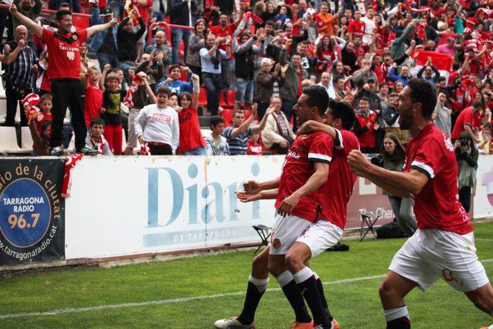 Celebració del primer gol del Nàstic marcar per Piojo Hernández. FOTO: Elisabeth Magre