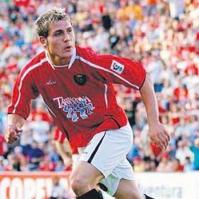 Diego Torres va ser la icona d'aquell ascens. El de Valladolid va marcar 25 gols aquella temporada. foto: As