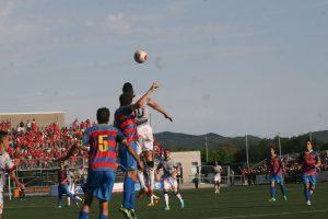 El Llagostera va demostrar tenir ben apamat el terreny de joc.  foto: Nàstic