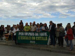 Lectura del manifest Somescola al Balcó del Mediterrani (foto: APELLC)