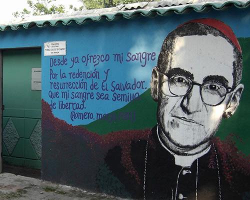 L'arquebisbe de San Salvador, Oscar Arnulfo Romero, va ser assassinat el 1980 per la seva defensa dels més vulnerables