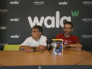 Sergi López-Egea i Bernat López, a la presentació de 'Cuentos del Tour' a la botiga Wala de Tarragona