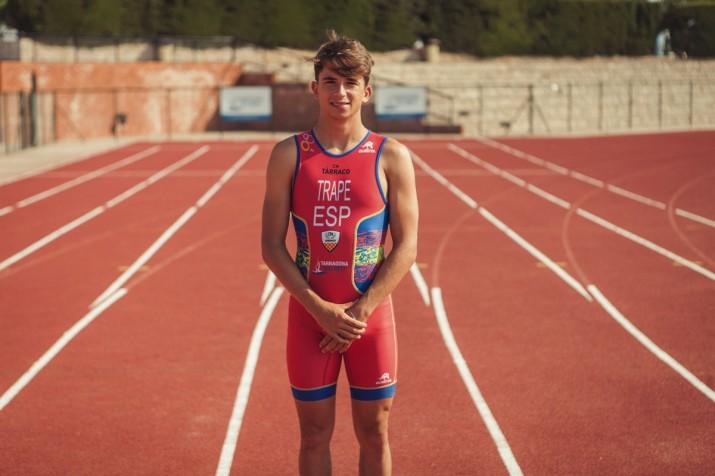 Jordi Trapé, jove triatleta tarragoní del Club Natació Tàrraco (foto: Agustí Arévalo)