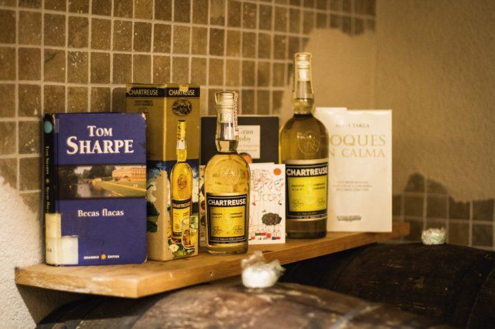 Algunes obres literàries amb referències al licor Chartreuse (foto: David Oliete)