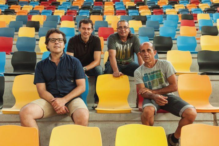 D'esquerra a dreta: Jordi Mallol, Jordi Sentís, Josep M. Pasqual i Quico Pino, a les graderies de la TAP (foto: David Oliete)