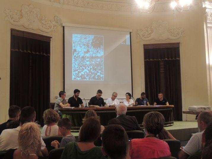 D'esquerra a dreta: Jordi Gaya, Carles Ribas, Joan Boronat, Josep Fèlix Ballesteros,  Ana Santos i Isaac Herrera.