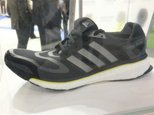 Sabatilla esportiva desenvolupada per BASF i Adidas