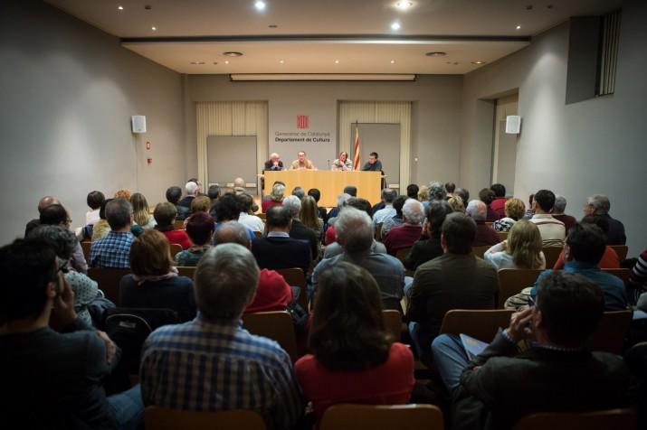 En aquesta imatge es pot comprovar com la sala estava plena de gom a gom (FOTO: David Oliete).
