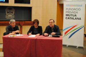 Josep Prat, director musical, Begoña Floria, regidora de Cultura, i Joan Josep Marca president de la Fundació Mútua Catalana