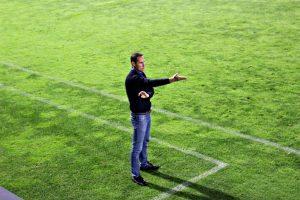 Vicente Moreno va demanar cap i calma als seus jugadors durant bona part del partit.