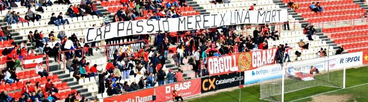 Al gol de muntanya la penya Orgull Grana va reivindicar el futbol sense violència Foto:Quim P. Casadesús