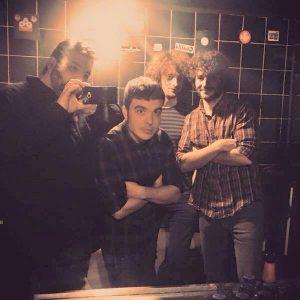 """El """"selfie"""" dels Satèl·lit al camerino de la Sala Zero (Cedida: Satèl·lit)."""