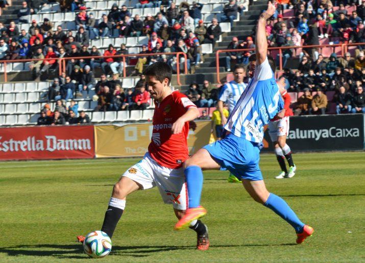 Cristobal va ser titular en el lloc del lesionat Luismi. Foto:Jose Maria Garcia