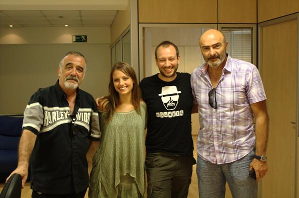 El tarragoní José Luís Montesinos (el segon per la dreta), acompanyat d'una part de l'equip del curtmetratge 'El corredor' (foto: Numintec)