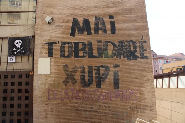 Mural pintat en record al jove 'Xupi' (foto: Josep M. Llauradó)