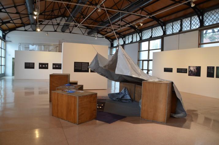 L'exposició 'Síria, la paraula de l'exili' es pot veure al Tinglado 4 del Moll de Costa (foto: Manuel Caro - Port de Tarragona)