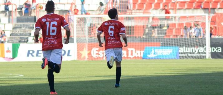 Cristóbal i Giner celebrem l'empat a 1 grana. Resultat final del partit. Foto:Nàstic