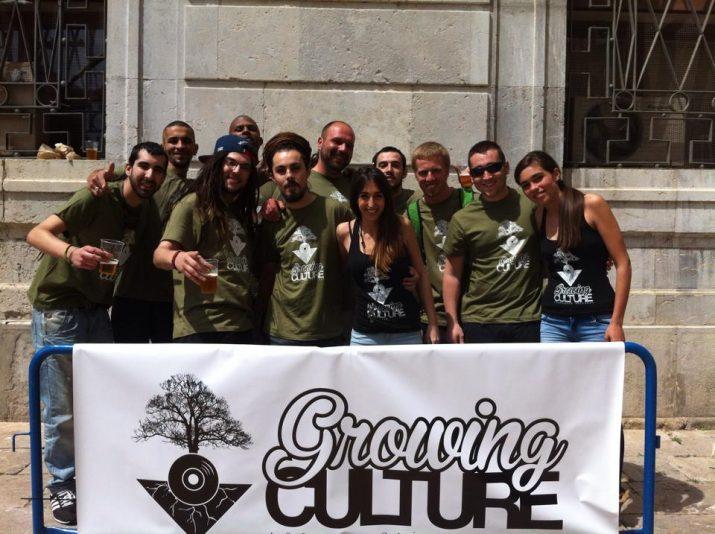 Integrants de l'associació Growing Culture, el dia de la seva presentació en societat, el passat 2014.