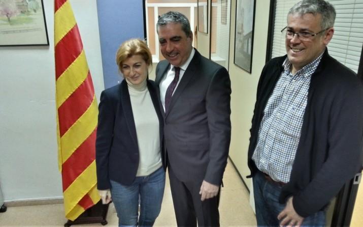 Victòria Forns, Albert Abelló i Jordi Sendra (president local de CDC) la nit de l'elecció d'Abelló com a cap de llista per a les municipals
