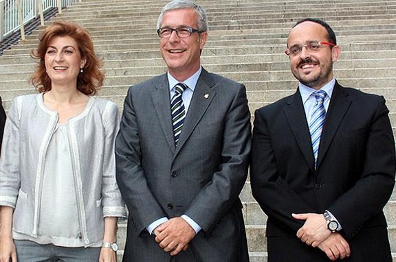 Victòria Forns i Alejnadro Fernández en un debat electoral de fa 4 anys amb el candidat socialista Josep Fèlix Ballesteros al mig