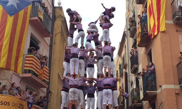 El 9 de 8 de la Jove de Tarragona va obrir la llauna d'una diada que va mostrar la màxima exigència de l'estiu casteller. (Foto: TGN Cultura)