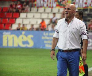 Luis César va tornar al Nou Estadi a la banqueta de l'Albacete Foto: E.Magré (L'Esportiu)