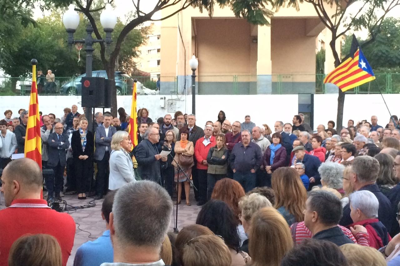 Josep-Lluís Carod-Rovira va arrencar les intervencions dels presidents d'Òmnium Cultural del Tarragonès. (Foto: Gerard Recasens)
