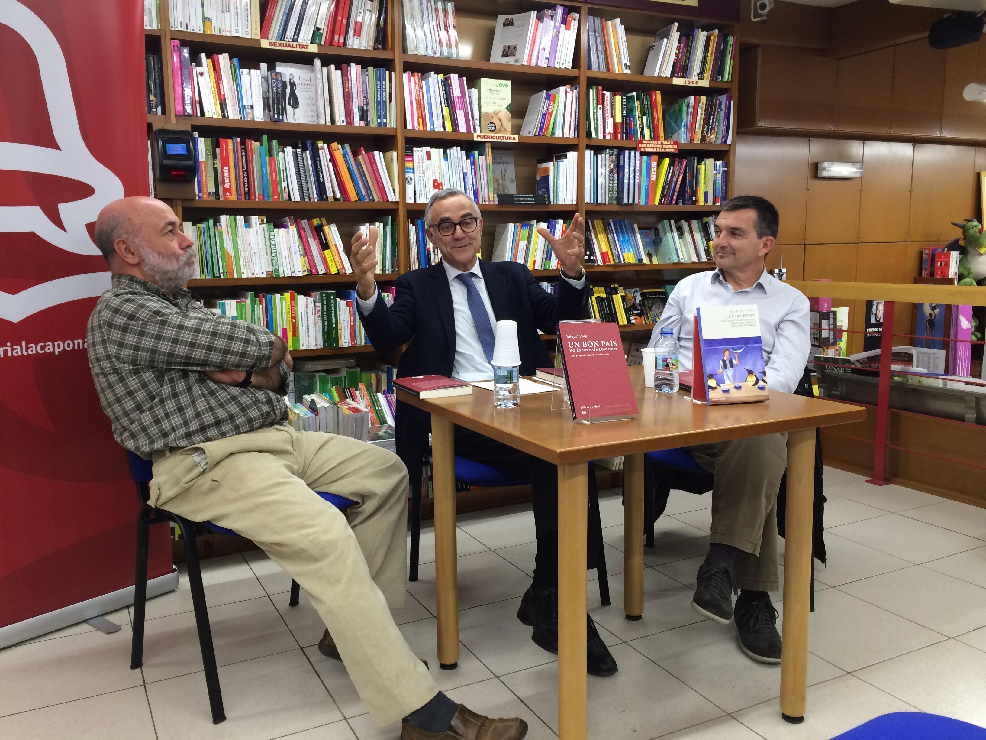 """Miquel Puig va explicar per què Catalunya i Espanya són """"low cost"""" (Foto: Fet a Tarragona)."""