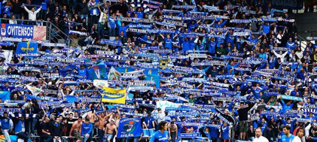 Més de 16.000 persones al Tartiere per animar el seu equip. El Nàstic va perdre 2 a 0 davant l'Oviedo.